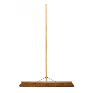 "18"" Coco Platform Broom c/w Stayed Handle"